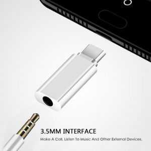 Adaptador para utilizar un micrófono externo para Osmo Pocket Permite el uso de un micrófono externo delicado